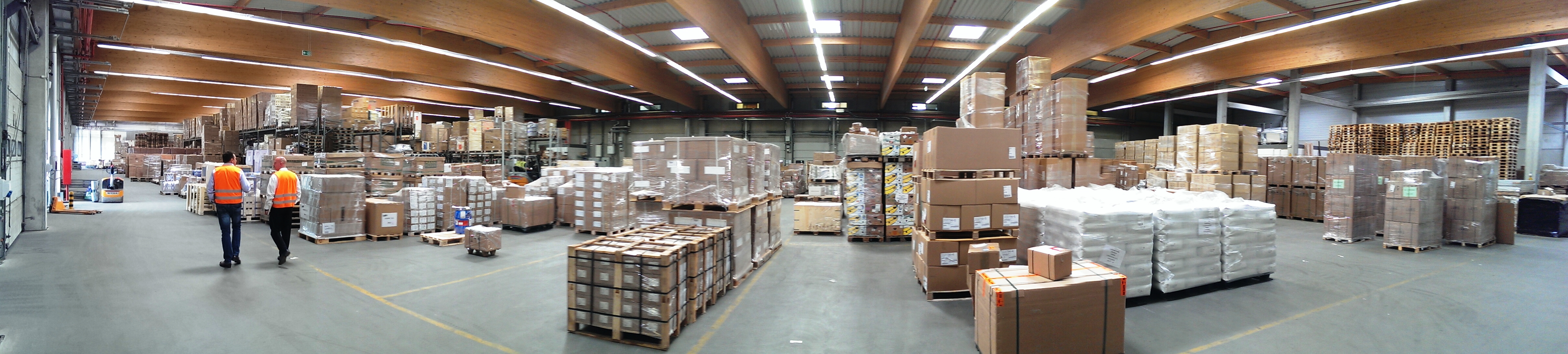 visit to our warehouses in hamburg xped
